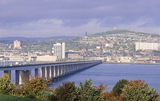 dundee_2